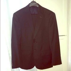 Jos A Bank Traveler Collection Men's Suit